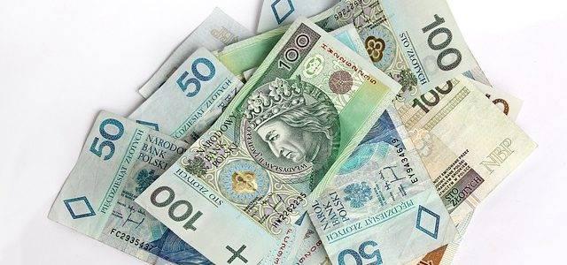 money 367973 640 640x300 - Pracownicze plany kapitałowe to prywatne oszczędności - Okiem Eksperta