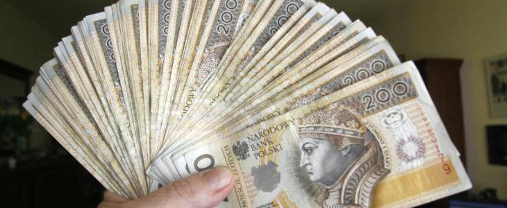 Podwyżka wynagrodzeń 730x300 - Rząd planuje nieznacznie odmrozić odpis na fundusz socjalny