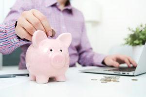 Minimalne wynagrodzenie 2019 obowiązki pracodawcy fot. Shutterstock 300x199 - Minimalne wynagrodzenie w 2019 roku - obowiązki pracodawcy