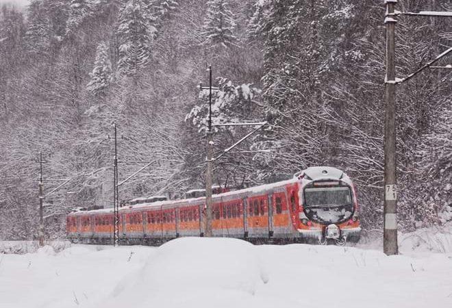 Polregio-pociąg-zima